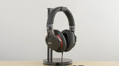 Sony MDR-1A Design Picture 2