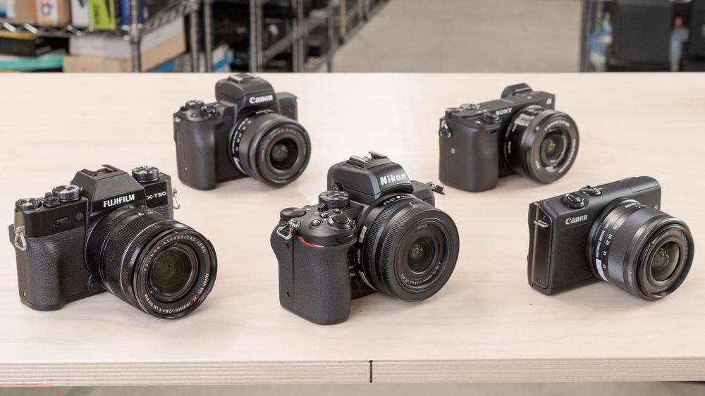 Best Mirrorless Cameras Under $1,000