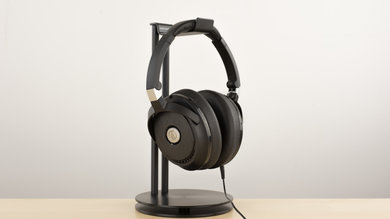 Audio-Technica ATH-ANC70 Design Picture 2