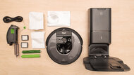 iRobot Roomba i7+ In The Box Picture