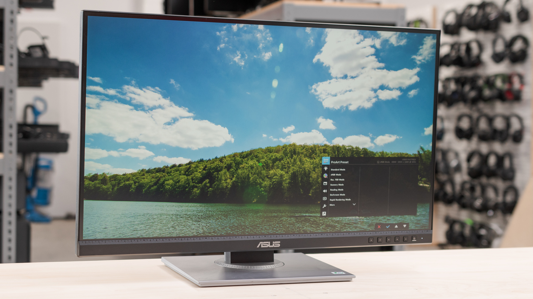 ASUS ProArt Display PA278QV Picture