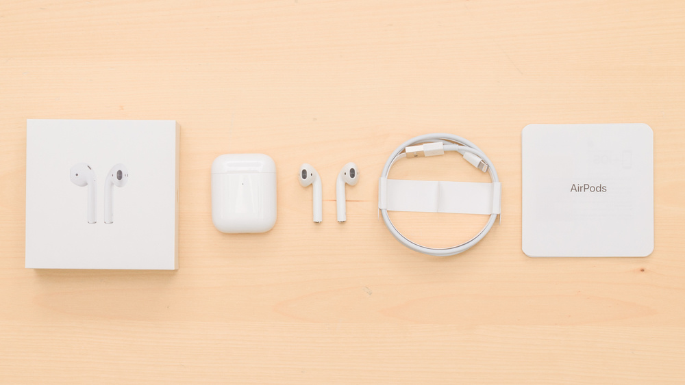 Apple AirPods 2 Truly Wireless 2019 In the box Picture