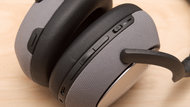 Bowers & Wilkins PX7 Wireless Controls Picture