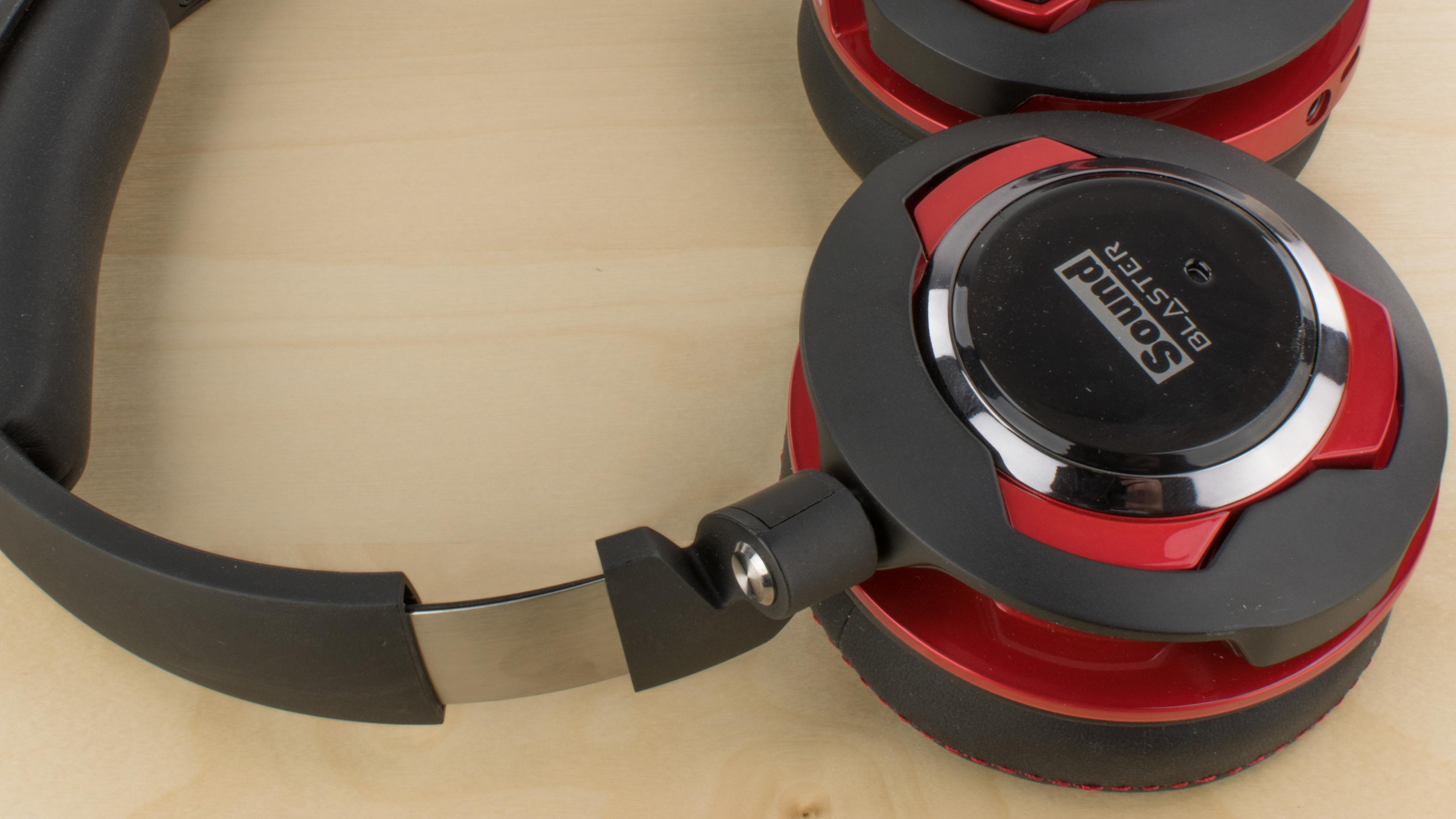 Creative Sound Blaster EVO ZxR Headset Review - RTINGS.com