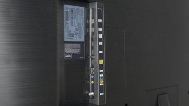 Samsung KU7000 Side Inputs Picture