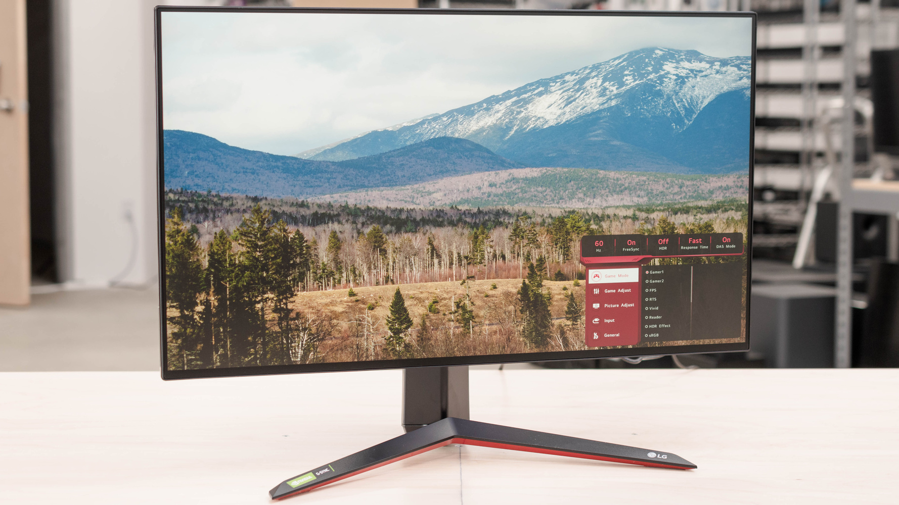 LG 27GN950-B Picture