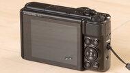 Canon PowerShot SX740 Build Quality Picture