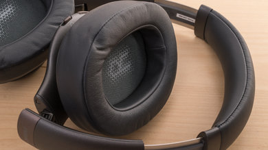 JBL Everest 710 Wireless Comfort Picture