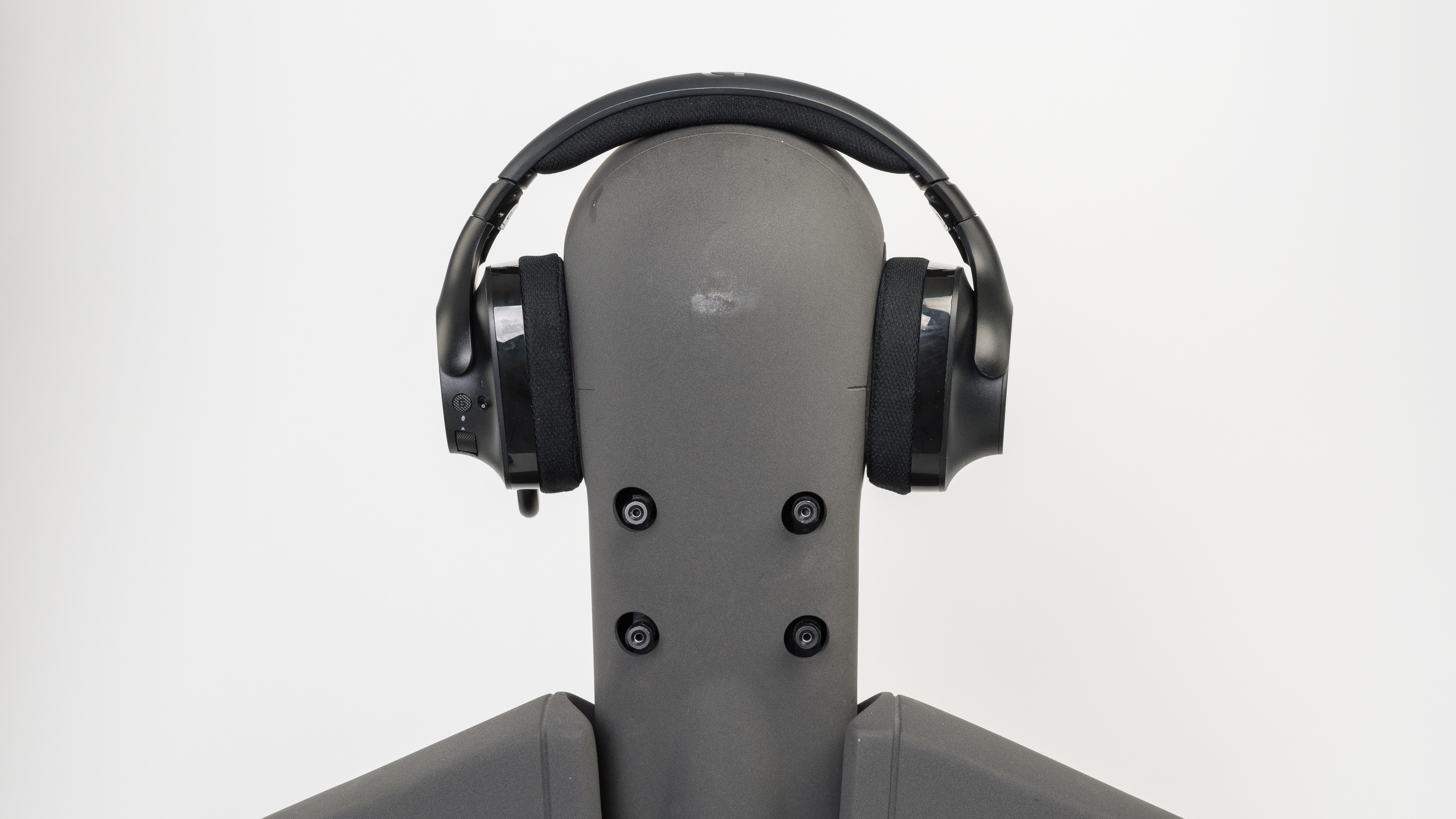 Logitech G533 Wireless Gaming Headset Review - RTINGS.com