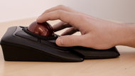 Kensington Expert Mouse Wireless Trackball Claw Grip Picture