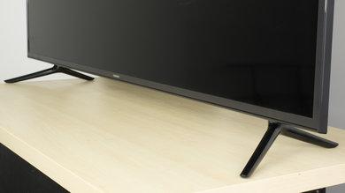 Samsung MU6100 Stand Picture