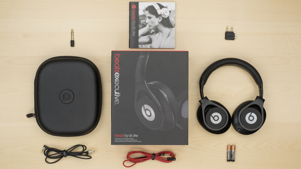 Beats Executive In the box Picture