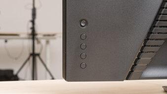 Dell S2722DGM Controls Picture
