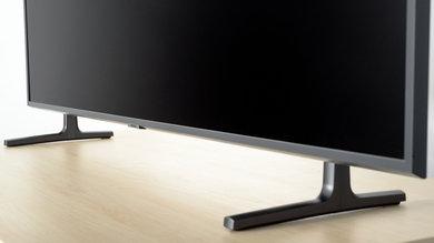Samsung RU8000 Stand Picture