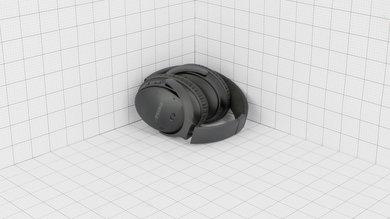 Bose QuietComfort 35 Portability Picture
