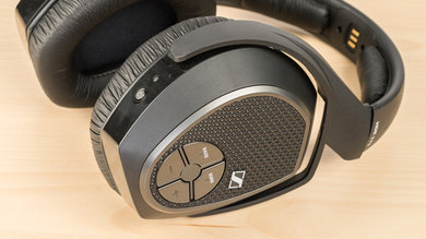 Sennheiser RS 175 RF Wireless Controls Picture