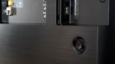 LG E8 Controls Picture