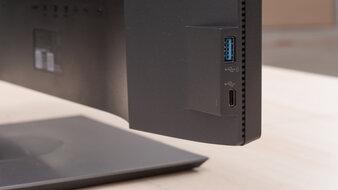 Dell UltraSharp U2520D Inputs 2