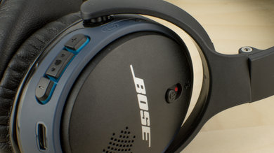 Bose SoundLink On-Ear Controls Picture