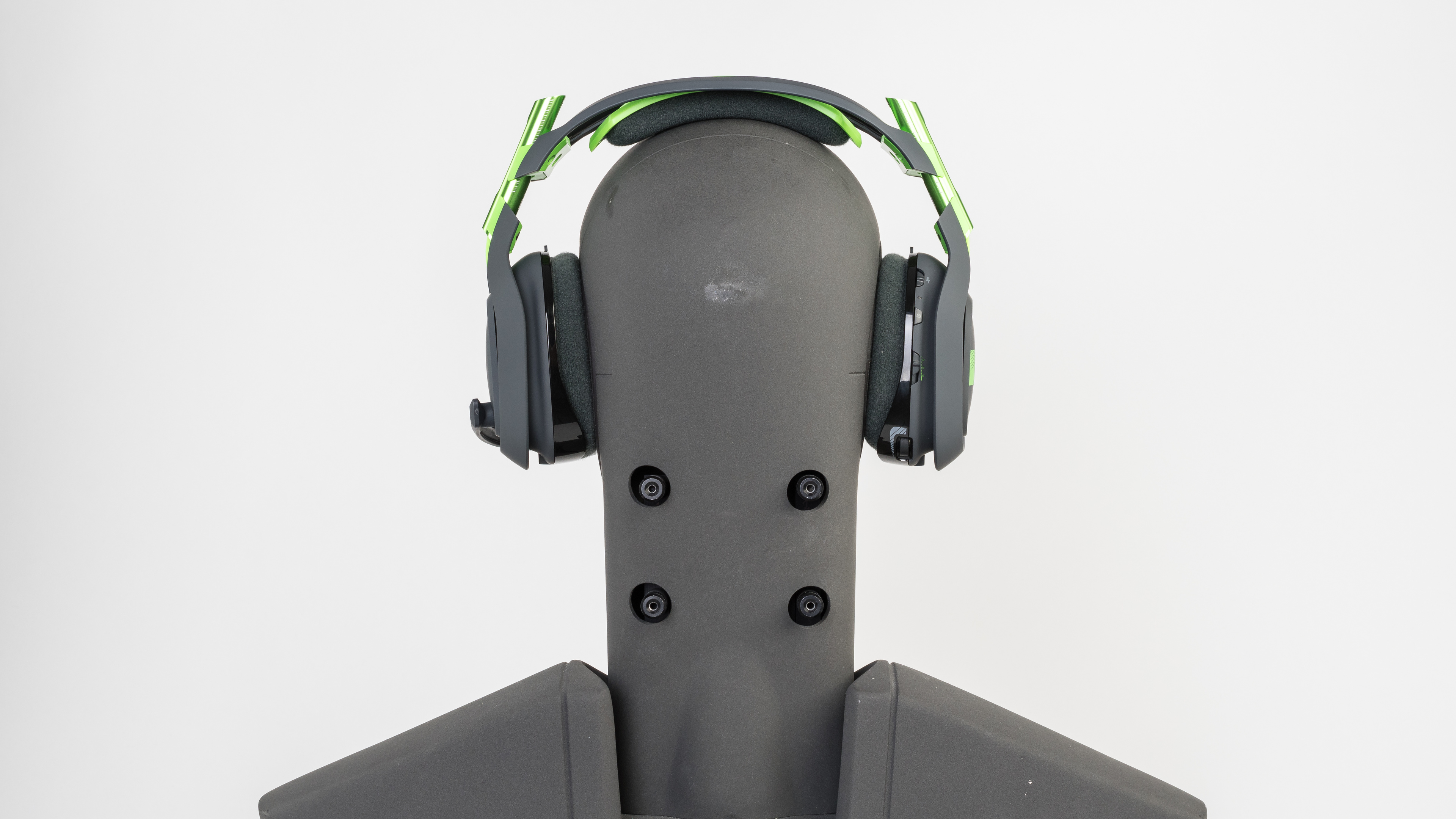 Astro A50 Wireless Gaming Headset For Xbox One Review