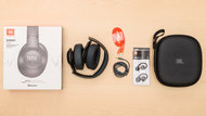 JBL Everest 710 Wireless In the box Picture