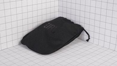 JBL E65BTNC Wireless Case Picture