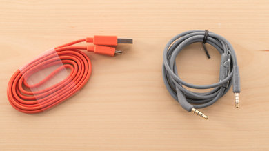 JBL Everest 310 Cable Picture