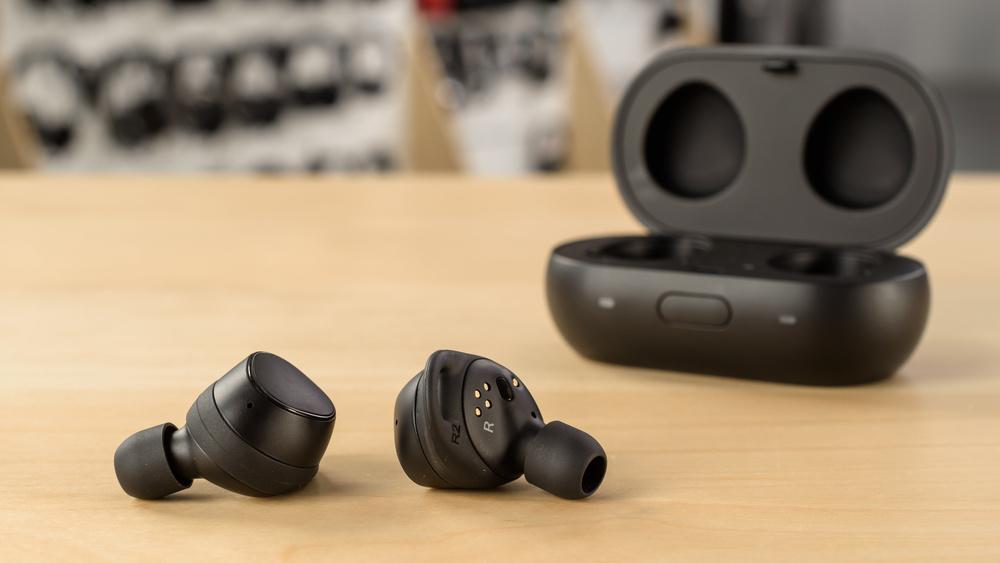 Samsung Gear IconX Design Picture