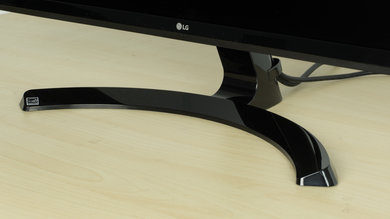 LG 27UD58-B Stand picture