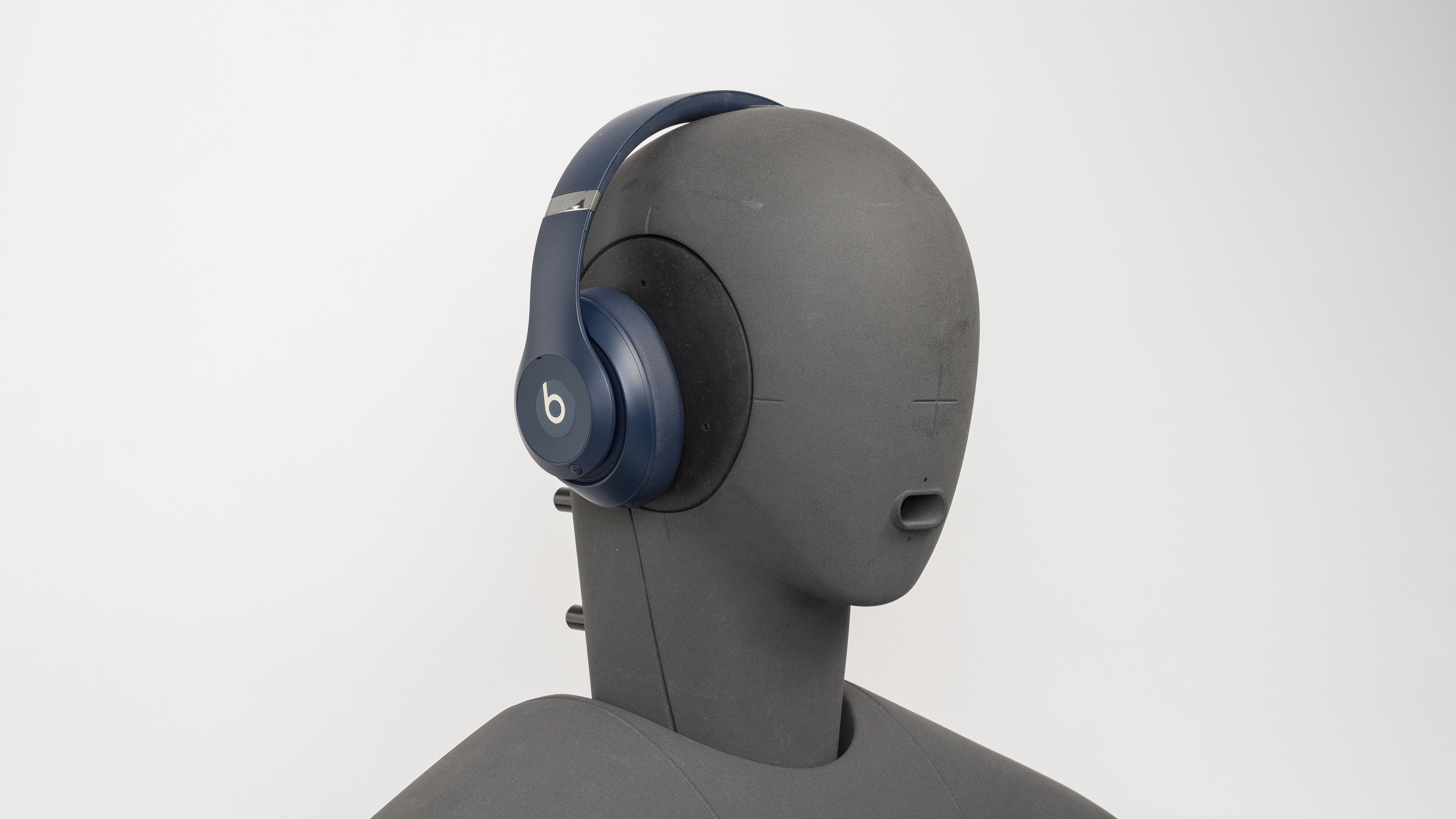 Beats Studio3 Wireless Review - RTINGS.com