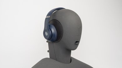 Beats Studio 3 Wireless Angled Picture