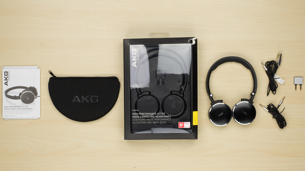 AKG K490-NC In the box Picture