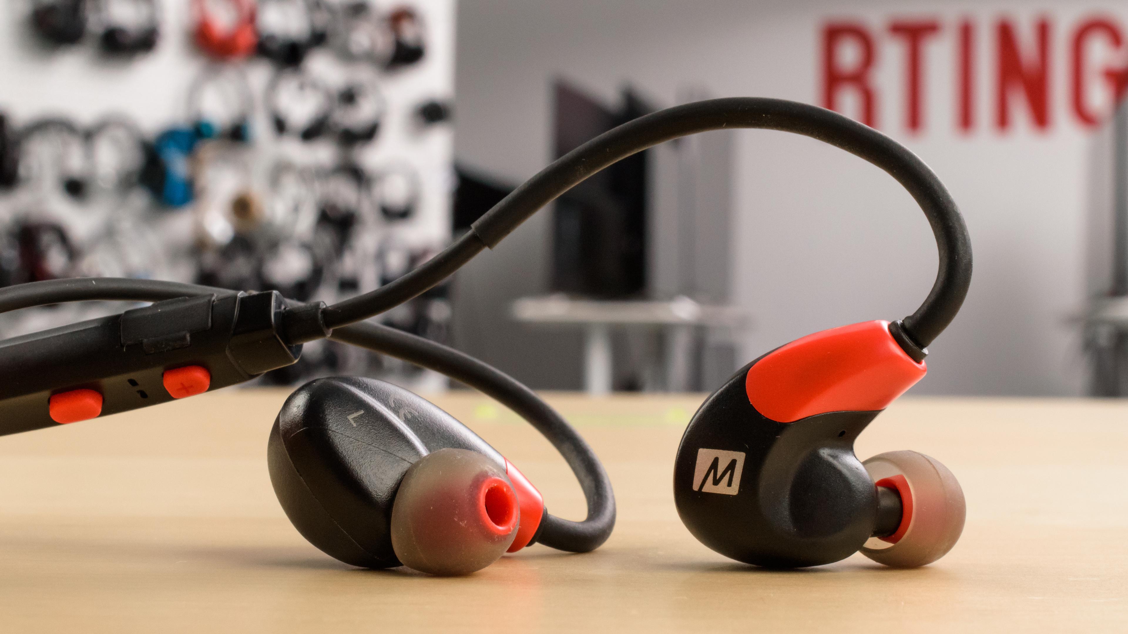 8177f840f72 MEE audio X7 Wireless Review - RTINGS.com