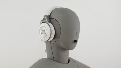 JBL E50BT Angled Picture