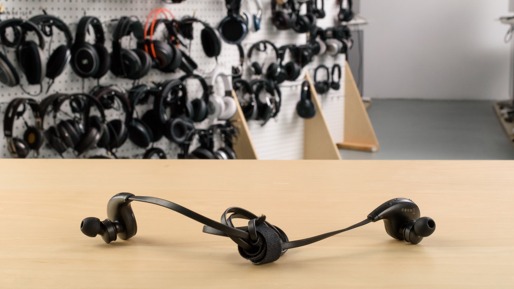 SoundPeats QY8 Wireless Picture