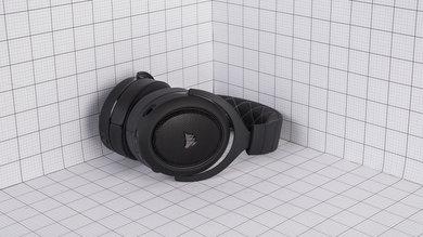 Corsair HS70 Wireless Portability Picture