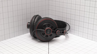 Superlux HD 681 Portability Picture