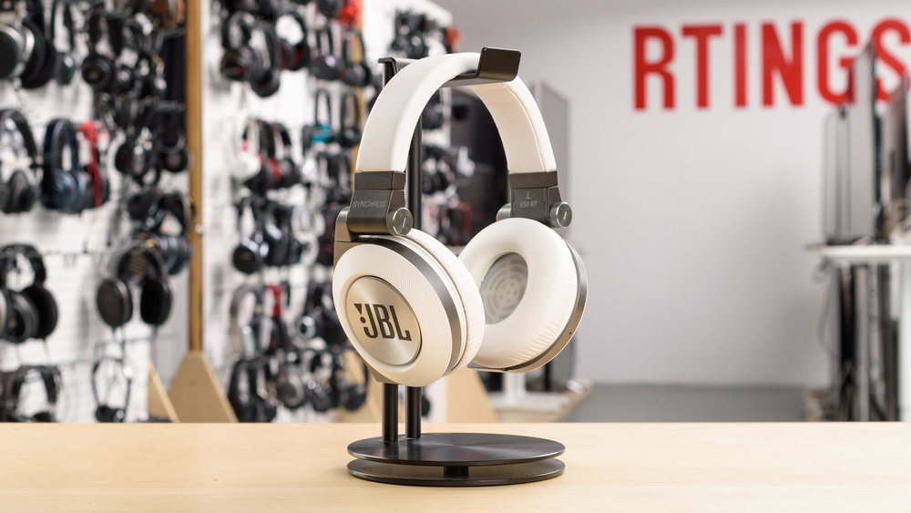 JBL Synchros E50BT Wireless Picture