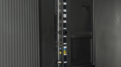 Samsung MU6500 Side Inputs Picture