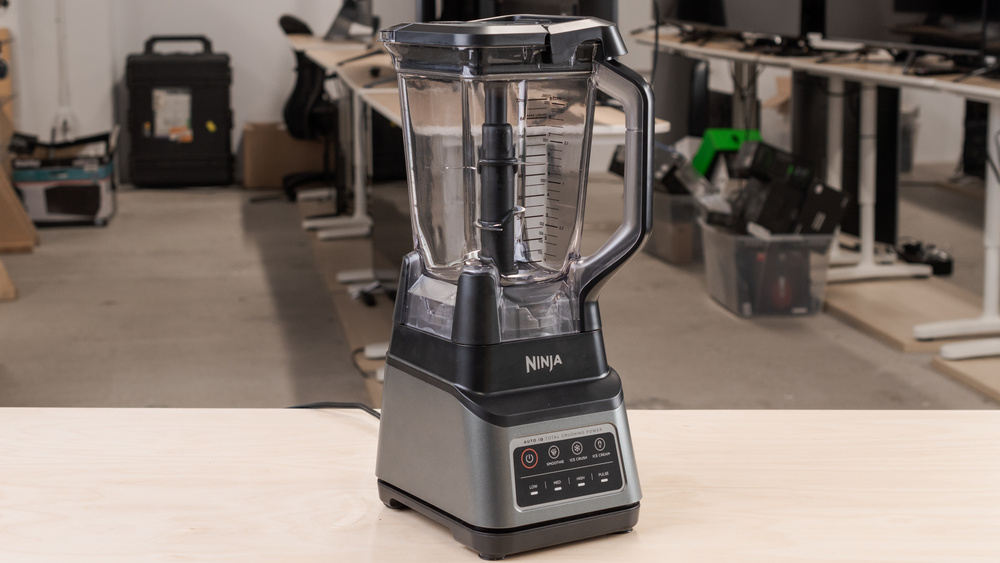 Ninja Professional Plus Blender with Auto-iQ Picture