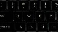 Logitech MX Keys White Shot