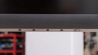 Dell S3221QS Controls Picture