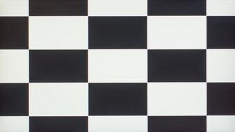Dell UltraSharp U2520D Checkerboard Picture