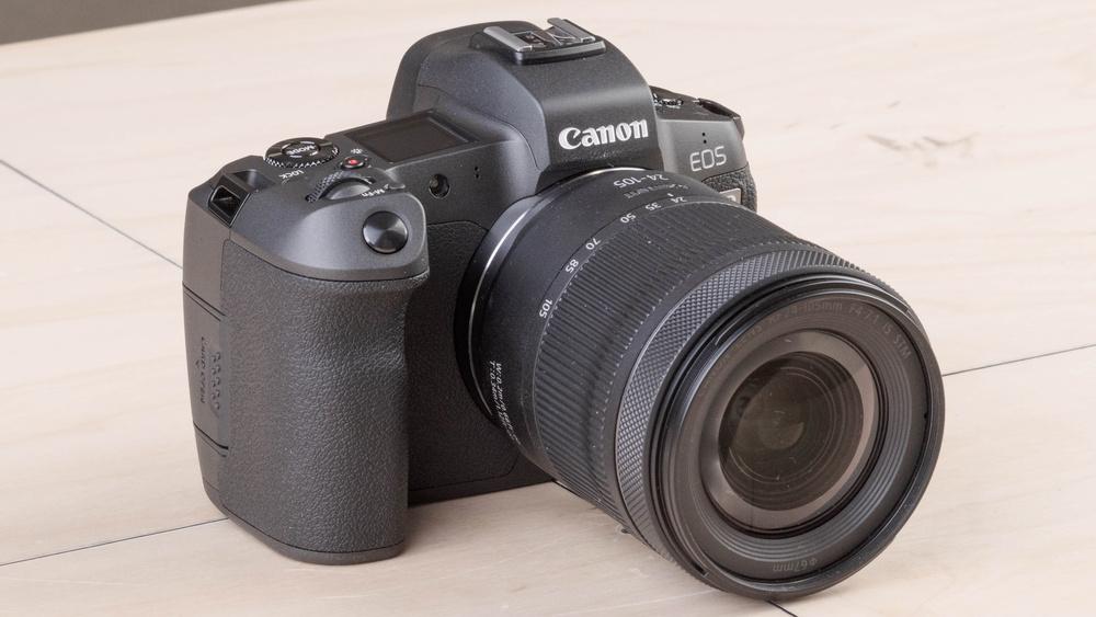 Canon EOS R Picture
