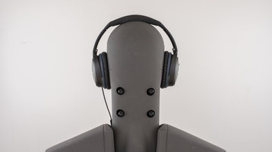 Bose QuietComfort 25 Rear Picture