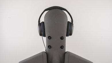 Bose QuietComfort 25 Rear Picture