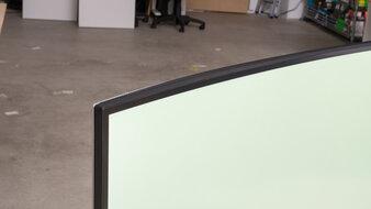 Dell UltraSharp U4021QW Borders Picture