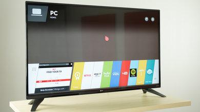 LG UF7600 Design