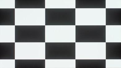 LG E7P Checkerboard Picture