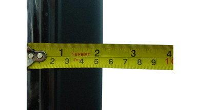 Samsung F4500 Thickness